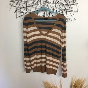THE LIMITED wool sweater. Soft. Classic. Striped.